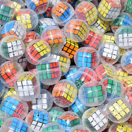 machine cube NZ - DHL drop shipping 100pcs lot New 3cm magic cubes egg capsule toys surprise egg for vending machine Kids Toys