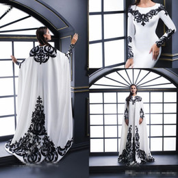 $enCountryForm.capitalKeyWord Australia - White Evening Dresses With Satin Black Lace Applique And Cape Long Sleeves Jewel Neck Formal Long Prom Dresses Party Gown Special Occasion