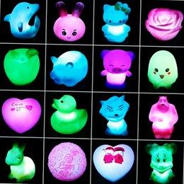 Venta al por mayor de Varios colores de regalos de animales: verde, azul, melocotón y blanco. El individuo es pequeño y adecuado para hombres y mujeres