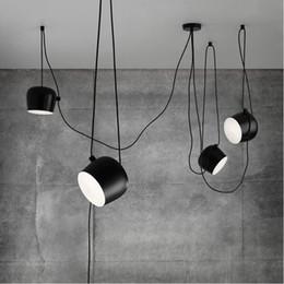 Venta al por mayor de FUMAT Moda Creativa Moderna DIY Objetivo de la Lámpara Iluminación Interior cubierta de acrílico Blanco Negro Sombra de Hierro Colgante Luz Cafe Lámpara de Suspensión luminaria