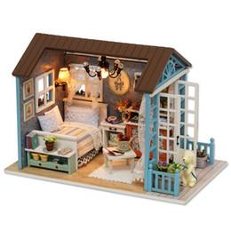Ingrosso Casa delle famiglie Sylvanian Casa delle bambole fai-da-te Mano Assemblata Modello Casa Giocattoli per bambini Regali in legno Bambini Juguetes Brinquedos