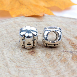funny charms wholesale NZ - Fashion Charms Jewelry Findings And Components Funny Pumpkin Head Alloy Loose Bead For Pandora Bracelet Bangle European Style
