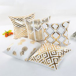 Wholesale Pillow Covers Supersoft Velvet Cushion Cover Bronzing Decorative Pillow Case Home Decor Heart Leaf Lips Eyelash Styles YW1041