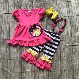 e57a0ab4a Crianças meninas boutique roupas meninas escola hot pink top com trajes de  lápis com listras capris calças conjuntos de escola accessorie