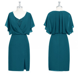 v neck wedding guest dress UK - Turquoise Green Mother Of The Bride Dresses Elegant V Neck Appliques Sheath Knee Length Split Wedding Guest Dresses Mother Dresses