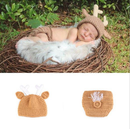 $enCountryForm.capitalKeyWord Australia - Baby Photography Props Christmas Deer Design Handmade Crochet Deer Costume Set Knitted Caps Hats Newborn Photo Prop