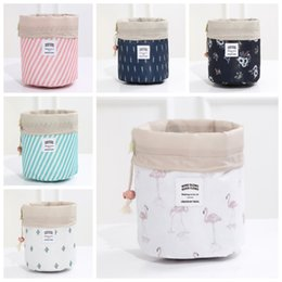 toiletry cosmetic bags 2019 - Women Cosmetic Bag Barrel Shaped Makeup Bags Drawstring Travel Pouch Toiletry Bags Cactus flamingo Flower Printing 7 Col