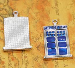 $enCountryForm.capitalKeyWord Australia - 2pcs lot tardis Charms Silver tone doctor who blue box Charm pendants 27x48x3mm