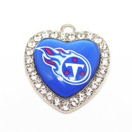 Sports Accessories For Wholesale NZ - 10pcs Football Team Sports Crystal Heart Charms Hanging Dangle Floating Charms For DIY Men Bracelet Necklace Jewelry Accessory