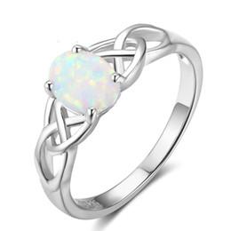 Модный кельтский дизайн Белое опаловое кольцо из стерлингового серебра 925 пробы, созданное опаловое кольцо, подарок на день Святого Валентина RI102814 на Распродаже