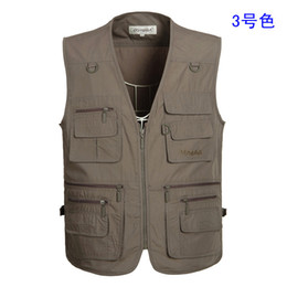 $enCountryForm.capitalKeyWord NZ - New high quality Fashion Vests For Men Wholesale Men's Multi-pocket Photography Vest Men Casual Reporter Director