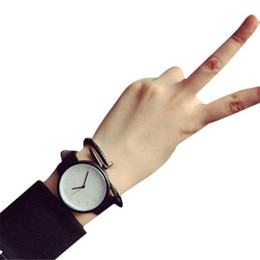 $enCountryForm.capitalKeyWord UK - Aimecor Fashion Woman Classic Leather Strap Female Watch Analog Sports Quartz Wrist Watch Bracelet Ladies