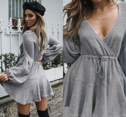 4a76a09df7a8 El envío libre al por mayor de las mujeres baratas del suéter viste las  mangas largas atractivas del cuello sobre la longitud de la rodilla el  otoño del ...