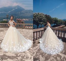 $enCountryForm.capitalKeyWord NZ - Glamorous Champagne Wedding Dresses Illusion Neckline Cap Sleeves Sexy Backless Lace Appliques A Line Wedding Gowns Bridal