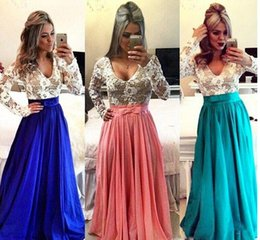 Wholesale Royal Blue Modest Prom Dresses With Long Sleeves V Neck Pearls Illusion Back Lace Taffeta Elegant Teens Evening Gowns Full Sleeves Cheap Sal