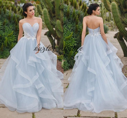 China Eye-catching Silver Blue Ball Gown Evening Dresses Sweetheart Pleated Tulle Tiered Skirt Corset Prom Dresses Formal Dress Sweet 16 Dress supplier taffeta evening skirts suppliers