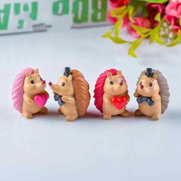 Chinese  Love Hedgehog Small Doll Ornament Moss Micro Landscape Decoration Succulent Plants Pot Accessories Fairy Garden DIY Material Zakka Toy manufacturers