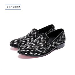 Discount designer oxford shoes - 2018 Designer Fashion Geometric Rhinestone Men Loafers Wedding Party Dress Shoes Slip on Smoking Slippers British Men Fl