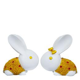 Antique Metal Rabbit Australia - 2pcs set Resin couple rabbit ornaments Figurines Cartoon bunny Miniatures Simulated animals Decoration Crafts for Wedding gifts