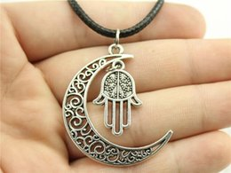 $enCountryForm.capitalKeyWord NZ - WYSIWYG 5 Pieces Leather Chain Necklaces Pendants Choker Collar Pendant Necklace Women Hamsa Hand 24x15mm N6-B11573-B10108