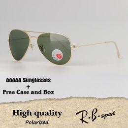 Nouveau Arrial Marque designer en plastique Polarized Pilot lunettes de  soleil femmes hommes polaroid lentille Retro Vintage Sports lunettes de  soleil ... c28f25180363