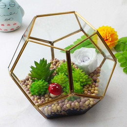 Wholesale 18 cm Miniature Glass Terrarium Geometric Diamond Desktop Garden Planter Football Modeling Greenhouse Succulent Plants Home Decor WX9