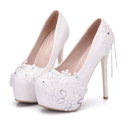 22bc61cc04bb White Lace Dress Rhinestones UK - Women White Weeding Pumps Handmade  Rhinestone Lace Flowers Platform High
