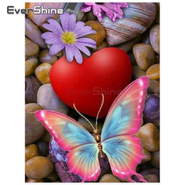 $enCountryForm.capitalKeyWord Australia - wholesale Diamond Painting Animals Pictures Of Rhinestones Diamond Embroidery Sale Butterfly Cross Stitch Wall Decoration