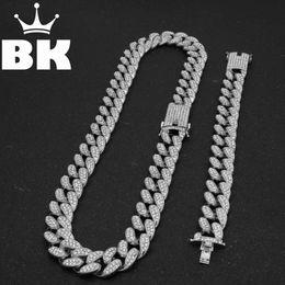 Ingrosso Mens Hip Hop color oro ghiacciato Crystal Miami catena cubana oro argento Bracciale collana set Vendo caldo HIP HOP KING C18110201