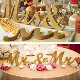 Ingrosso Lettere per matrimonio Mr Mrs LOVE 'Lettere in legno Tavolo per matrimonio Top Sign Regalo Decor Bianco Nuovo