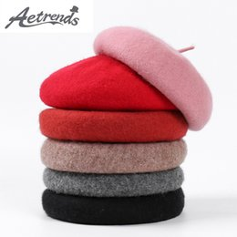 Wholesale AETRENDS British Style Wool Berets Women Hat Fashion Flat Cap Wool Knitted Beret Hats Autumn Winter Hats for Women Z