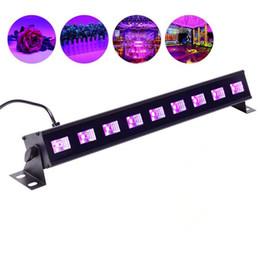 Venta al por mayor de 18-40W Control remoto 7 Modo UV LED Barra de luz negra Luz LED UV Etapa Arandela de pared Navidad Halloween Disco DJ KTV Club Party iluminación