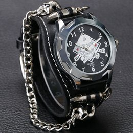 $enCountryForm.capitalKeyWord NZ - New Arrival Cool Punk Bracelet Quartz Watch Wristwatch Skull Bullet Chain Gothic Style Analog Leather Strap Men Women Xmas Gift Y1892111