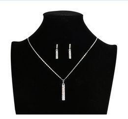 $enCountryForm.capitalKeyWord NZ - cylinder stick pendent with rhinestone diamond necklace and earring set lobster closure collarbone chain wedding jewelry accessory 2018