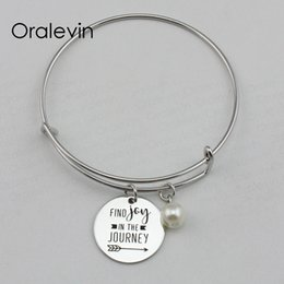 $enCountryForm.capitalKeyWord Australia - FIND JOY IN THE JOURNEY Inspirational Hand Stamped Engraved Charm Pendant Expandable Bracelet Gift Metal Stamped Jewelry,10Pcs Lot, #LN2193B