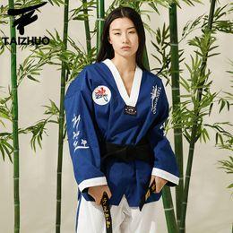 New Adult Male Female taekwondo uniform with embroidery WTF Approved Taekwondo dobok Suit for sale unisex promotional design on Sale