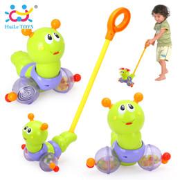 $enCountryForm.capitalKeyWord Australia - HUILE TOYS 686 Baby Toys Push & Pull Baby Walks Worm Horizontal Slide Infant Kids Early Development Single Rod Hand Pushed