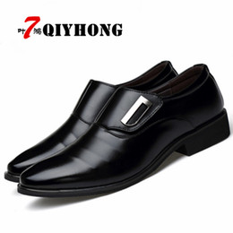Chinese  Hot Sales Luxury Brand PU Leather Fashion Men Business Dress Loafers Pointy Black Shoes Breathable Formal Wedding Shoes 38-48 manufacturers