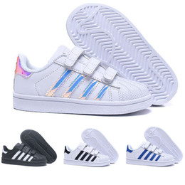 5d6f2ff21a Zapatos de niño online-Adidas Superstar Brand Children Superstar shoes  Original White Gold baby kids