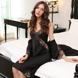 Sexy Silk Night Gown and Robe for Women Lace Satin Robe and Spaghetti Strap Nighties  Dress Mini Nighty Set 2 Pieces d336e4b8e