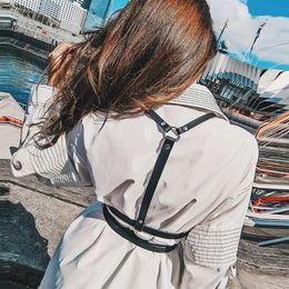 2975234b40 VBIGER arnés de cuero Sexy mujeres Dark Rock Street Strap Cuerpo Cool  Collar alrededor del cuello ajustable hebillas cinturones cinturones para  niña