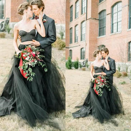 two piece sweetheart line wedding dress 2019 - Spring Summer Black Two Pieces Wedding Dresses Sweetheart A Line Tulle Wedding Formal Gowns for Bride discount two piece
