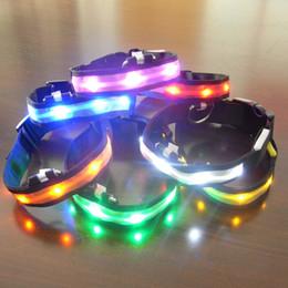 Discount waterproof dog collar light - Dog Pet LED Luminous Collars Light Up Flash Night Safety Neck Collar Waterproof Adjustable S-XL FFA414 500pcs