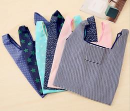 6 estilos plegables reutilizables bolsas de la compra Almacenamiento ecológico Bolsas de supermercado raya de la estrella Punto impreso Compras Tote bolso 53 * 35 cm FFA761-1 30 unids en venta