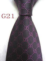G21-028 Mens Classique Soie Cravates Designer pour Mens Marque Cravate Business Skinny Grooms Cravate pour Mariage Party Suit Shirt cadeau de luxe en Solde
