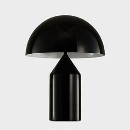 Venta al por mayor de JESS Italia Compasso d'oro Oluce Atollo Lámpara de escritorio moderna Seta Lámpara de mesa luz de noche