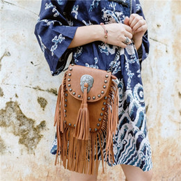 fringed handbags Canada - New Vintage Bohemian Fringe Messenger Crossbody Bag Purse Women Tassel Boho Hippie Gypsy Fringed Tote Handbag Womens