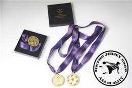 League patches online shopping - 2011 champion league final match medal soccer fan souvenirs