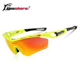 Compre QUESHARK Ultraleve Quadro Polarizada Óculos De Ciclismo UV400  Bicicleta Óculos De Sol Esportes Caminhadas MTB Bicicleta Eyewear 4 Lens De  Jaokui, ... 33954aa825