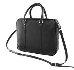 d809e0543bc45 2017 neue Heiße Verkauf Männer Schulter Aktentasche Schwarz Braun Leder  Handtasche Business Männer Laptop Tasche Umhängetasche 2 Farbe